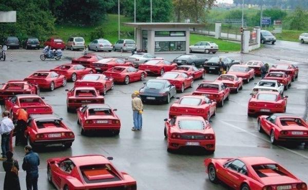 Bouchon de Ferrari à la frontière franco-suisse